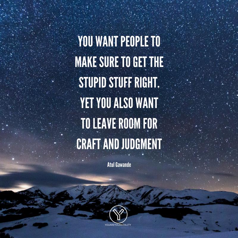Sie möchten, dass die Leute sicherstellen, dass das dumme Zeug richtig ist.  Sie möchten aber auch Raum für Handwerk und Urteilsvermögen lassen.